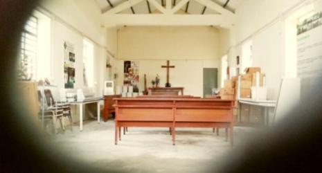 「港九大隊」成立地點——西貢黃毛應村天主教堂,這裏真有不少可歌又可嘆的歷史。(作者攝)(1)